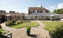 Chippendayle Lodge Care Home Ashford Kent - Garden